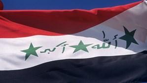 Mísseis atingem base aérea que albergava militares norte-americanos na capital do Iraque