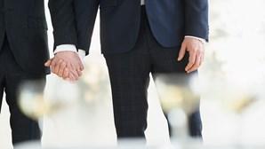 Casamentos gay aumentam 30 por cento