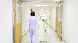 """Governo decreta contratação de enfermeiros estrangeiros de """"especial interesse público"""""""