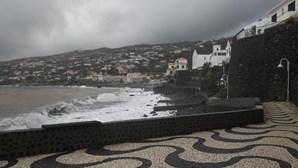 Buscas para encontrar turista alemão prosseguem no mar do norte da Madeira