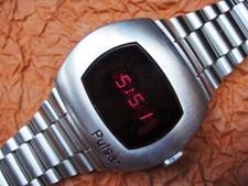 O Hamilton Pulsar Time Computer, foi o primeiro relógio digital. Lançado em 1972, custava 10.052 euros, aos preços atuais