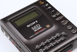 Leitor de MiniDisc (Sony MZ-1, 1992) - 1.060€