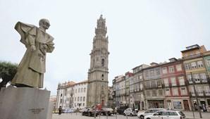 Visitas ao monumento, ex-líbris da cidade Invicta, vão ser gratuitas durante todo o dia de amanhã