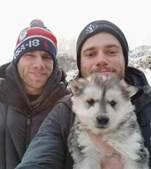 Esquiador olímpico salva cães criados para consumo humano