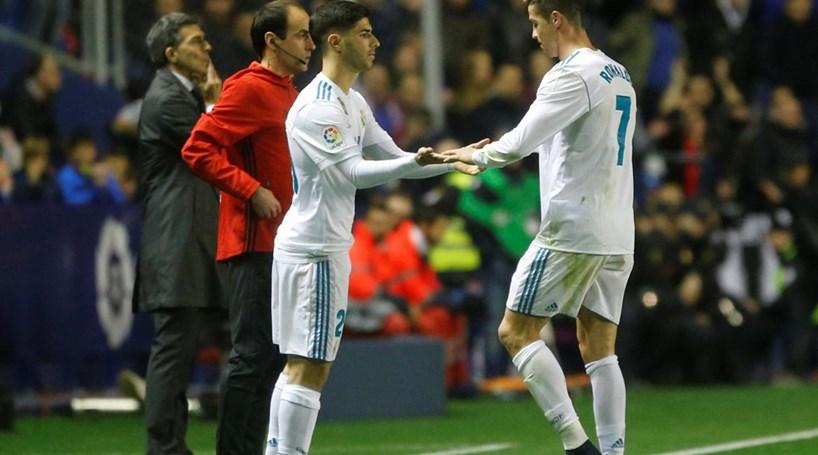 a79b5be176 Real Madrid volta a empatar e falha subida ao terceiro lugar da Liga  espanhola