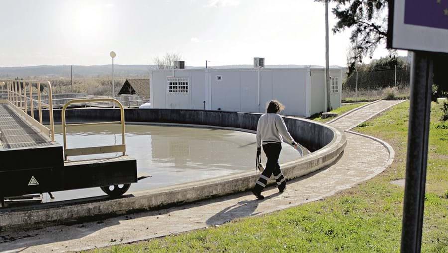 A ETAR da Fonte Quente é uma das seis existentes no concelho de Abrantes que fazem descargas para o rio Tejo