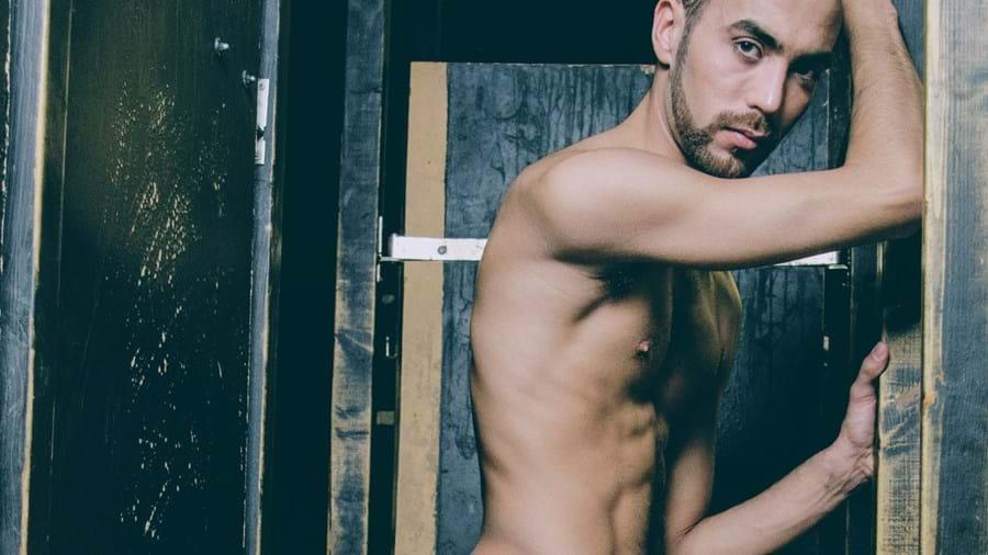 O ator porno português Fostter Riviera
