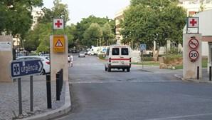 """Ambiente """"crispado"""" no Centro Hospitalar de Faro"""