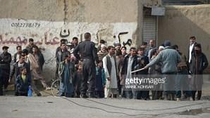 """Pelo menos quatro feridos em """"forte explosão"""" em Cabul"""