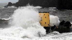 Madeira está sob aviso amarelo para agitação marítima