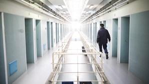Recluso masturba-se em frente a educadora na cadeia em Grândola