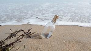 Mensagem em garrafa 'viaja' mais de 2 mil quilómetros e é encontrada dois anos depois