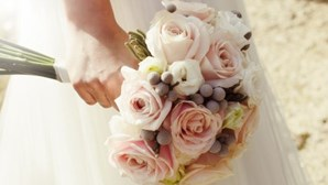 Noiva cancela casamento porque convidados recusaram pagar a festa
