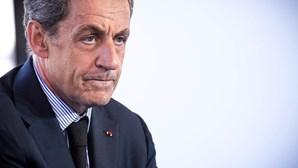 Ex-presidente francês Nicolas Sarkozy condenado a três anos de cadeia por corrupção e tráfico de influências