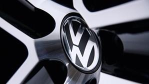 Volkswagen chama à oficina 700 mil veículos por risco de curto-circuito