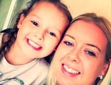 Nikki Ashcroft e a filha Amelia
