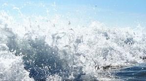 Agitação marítima