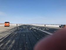 Barras de ouro ficaram espalhadas na pista durante a descolagem da aeronave