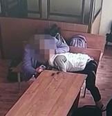 Mulher faz sexo oral a réu em pleno julgamento