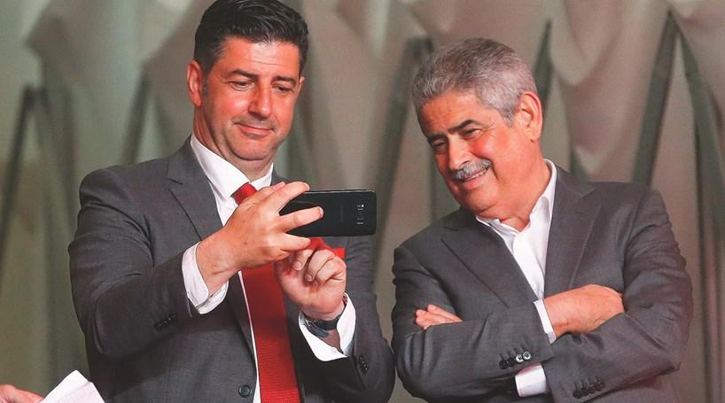 Só Luís Filipe Vieira segura Rui Vitória no Benfica - Futebol ... 294d91c6d46bd