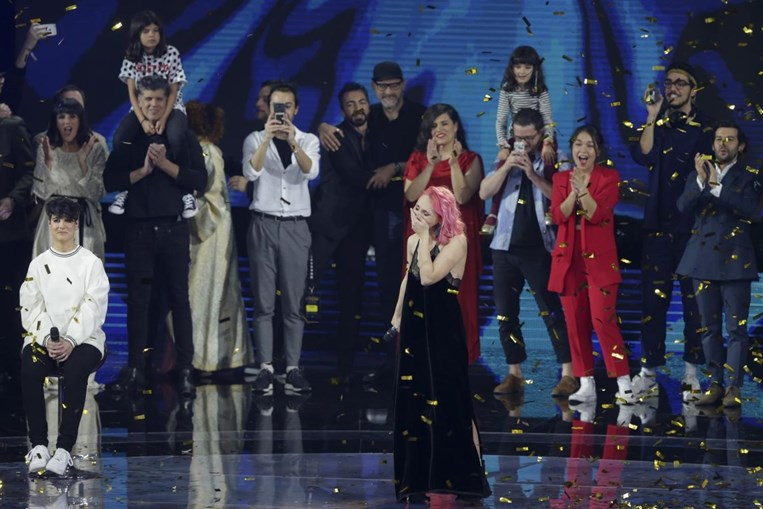 Cláudia Pascoal vai representar Portugal na Eurovisão