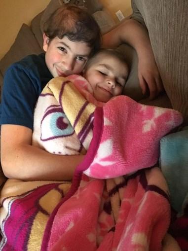 Jacob e Sophia são inseparáveis
