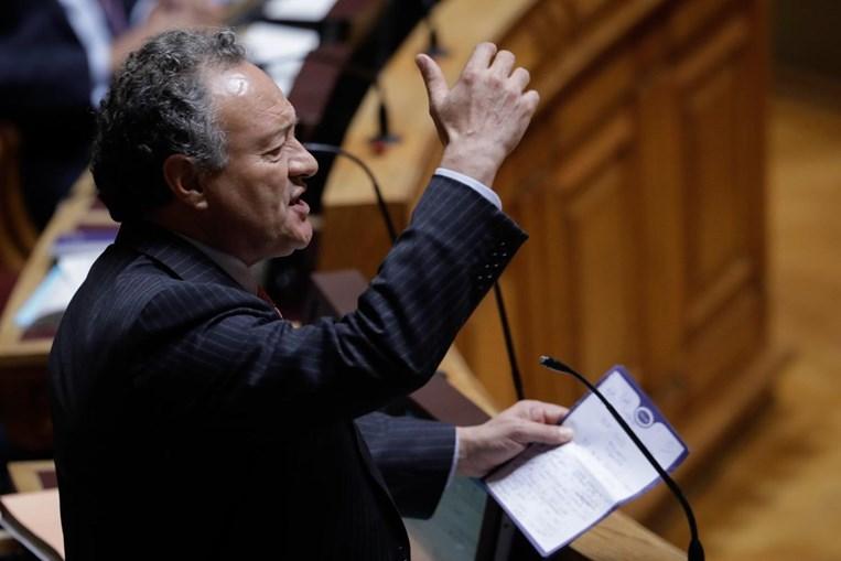 Deputado do PSD, Adão e Silva