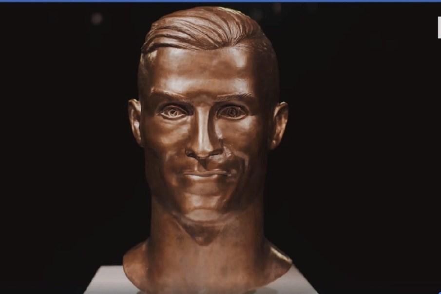 d7084c16a777a Cristiano Ronaldo tem um novo busto - Vídeos - Correio da Manhã