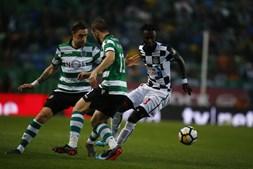 Jogadores em ação no Sporting-Boavista