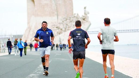 Exercício físico ajuda a prevenir e tratar doença do fígado gordo