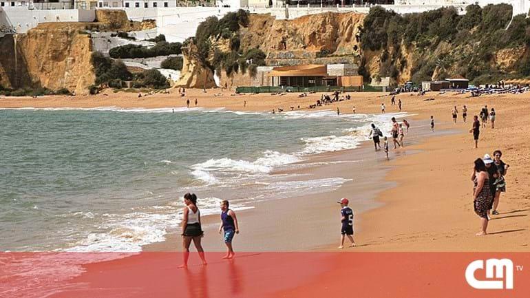 894c294f4fa Bate com a cabeça em mergulho na praia - Portugal - Correio da Manhã