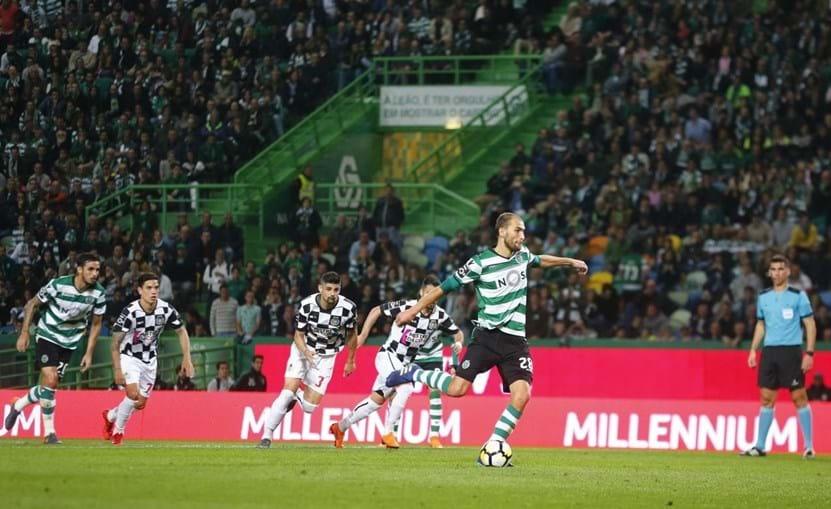 Bas Dost marcou penálti que abriu o marcador em Alvalade
