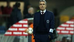 Treinador Luís Castro ruma ao Vitória de Guimarães