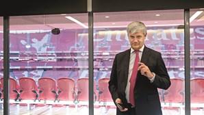 Benfica paga 21 mil euros pela boda de filha de administrador