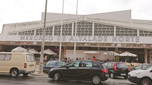 Lisboa aperta o cerco a carros em segunda fila