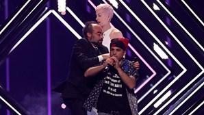 Invasor do palco da Eurovisão é um albanês a viver no Reino Unido