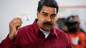 Milhões vão a votos para decidir destino da Venezuela