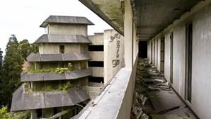 Grupo chinês entrega projeto para recuperar hotel abandonado na Lagoa das Sete Cidades