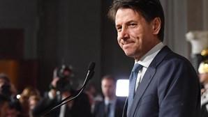 Primeiro-ministro italiano Giuseppe Conte demite-se
