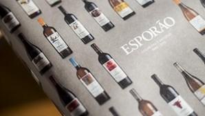 A história do Esporão em rótulos de vinhos