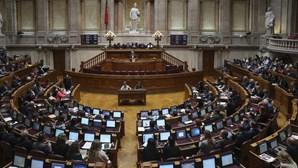 Assembleia da República volta a ter apenas dois debates por semana devido à Covid-19