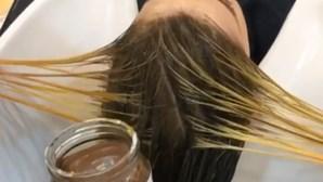 Salão de beleza pinta cabelo de clientes com Nutella e leite condensado