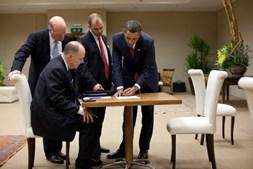 Ben Rhodes, conselheiro de Barak Obama, numa reunião em 2011