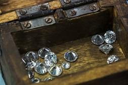 Arca com diamantes