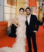 Filipa Areosa e Tiago Teotonio Pereira na 'red carpet'