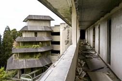 Hotel Monte Palace, na Ilha de São Miguel, está em ruínas há vários anos