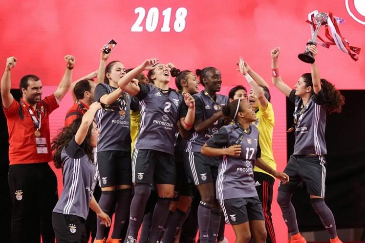 Benfica vence Novasemente e conquista quarta Taça de Portugal em futsal  feminino a561a4d541223