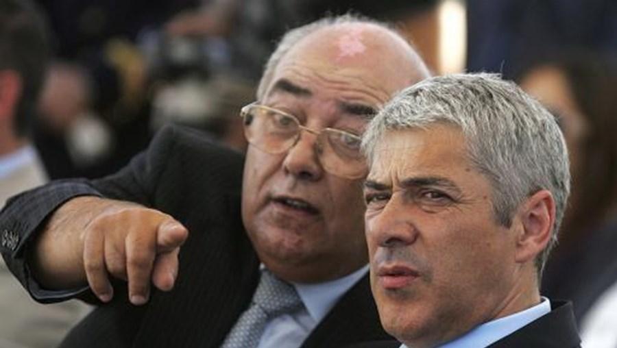 José Sócrates com  Mário Lino em 2009