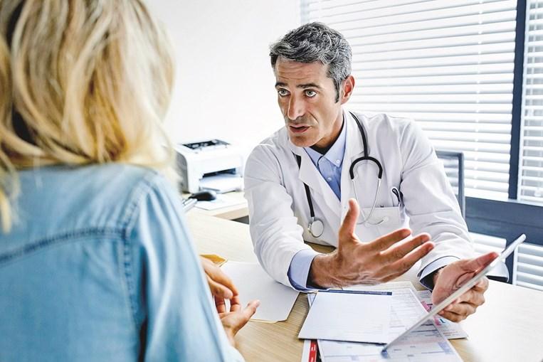 Além do gastroenterologista, pode ser necessário o acompanhamento de outros especialistas
