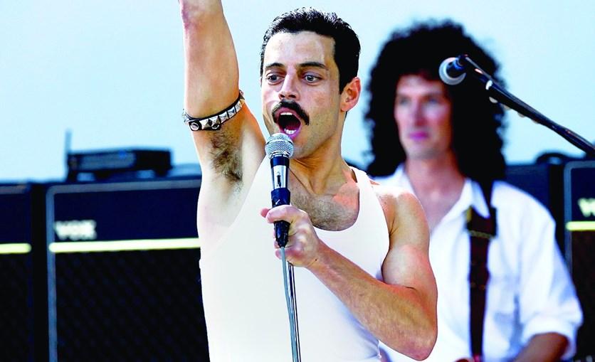 Rami Malek dá corpo a Freddie Mercury no filme 'Bohemian Rhapsody' mas não é o foco central do trailer do filme